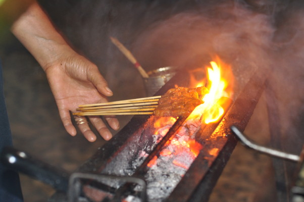 Indo_Satay_on_Grill_Urban_Flavours
