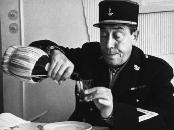 Carabinieri-italiano-vino-urban-flavours