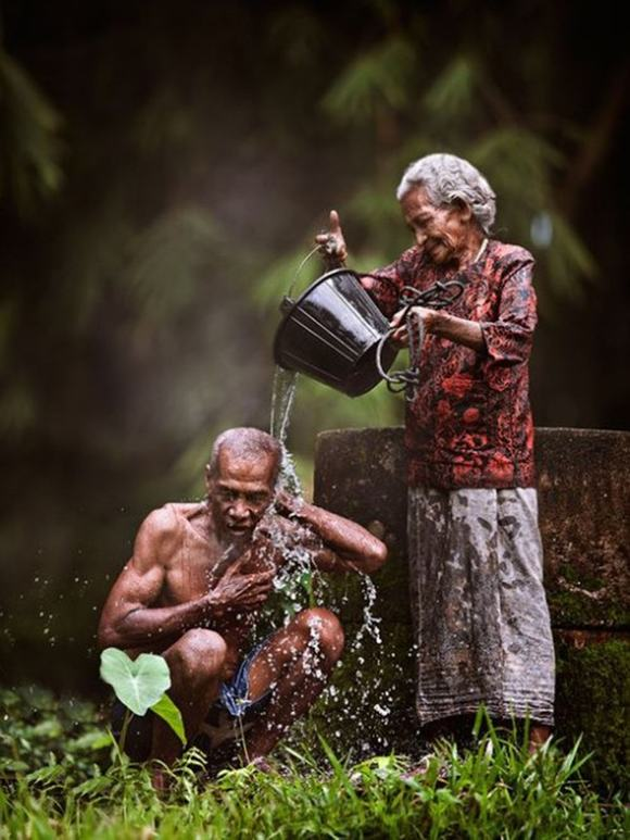 old-couples-urban-flavours