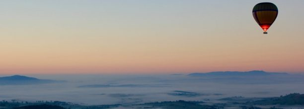 australia-yara-valley-landscape-hot-air-balloon