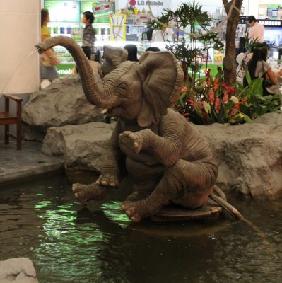 elephant-the-mall-bangkapi-thailand-urban-flavours