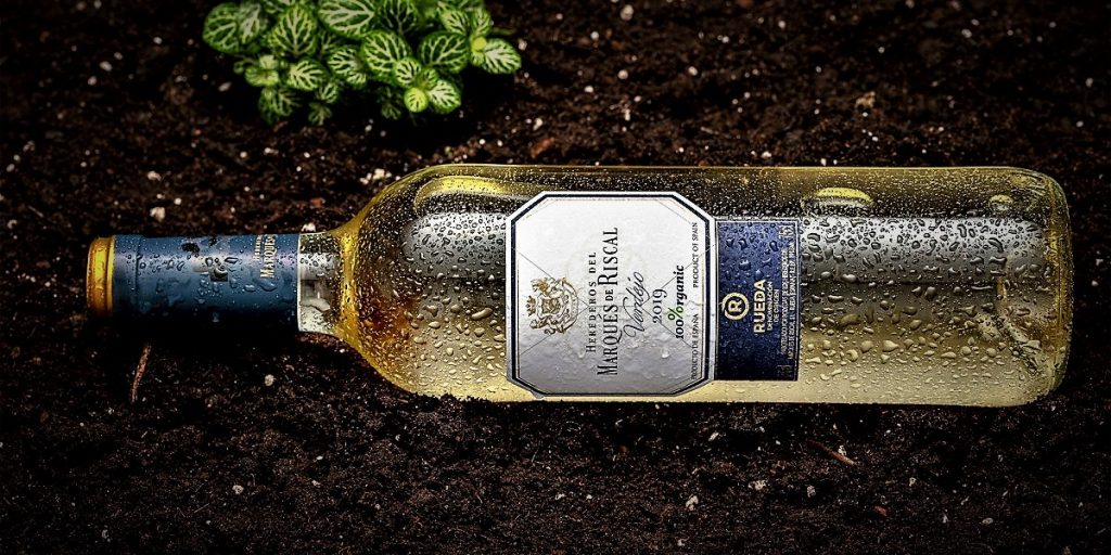 marques-riscal-verdejo-rueda-spain-vindochine-darren-gall-white-wine